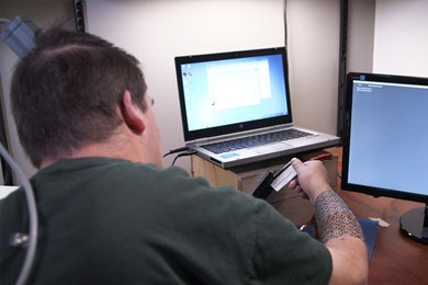 paralyzed man playing a video game
